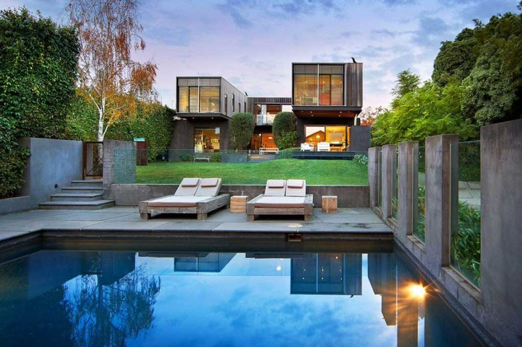 Sydneys Best Builders · Extraordinary Custom Homes